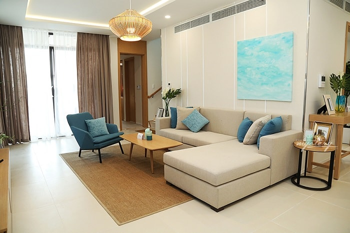 landmark service apartment