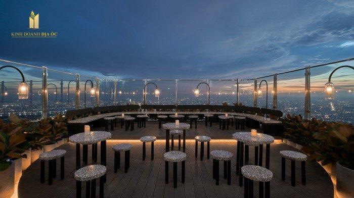 sky bar landmark81