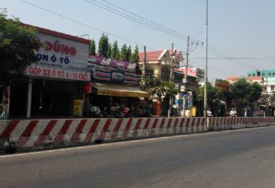 bán khu nhà trọ đường dt743