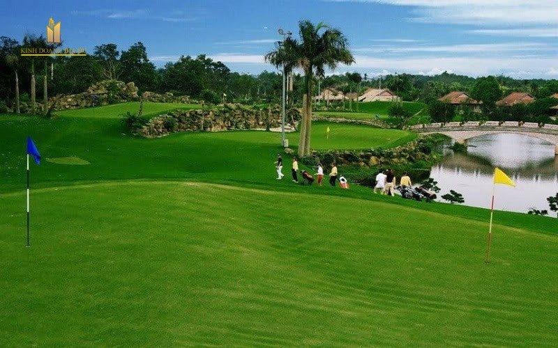 West-Lakes-Golf-Villas